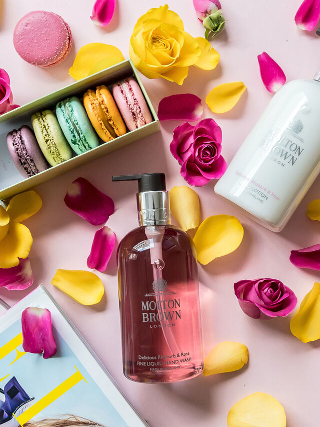 Delicious Rhubarb & Rose Fine Liquid Hand Wash
