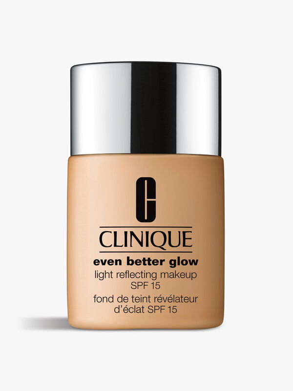 Even Better Glow™ Light Reflecting Makeup SPF15