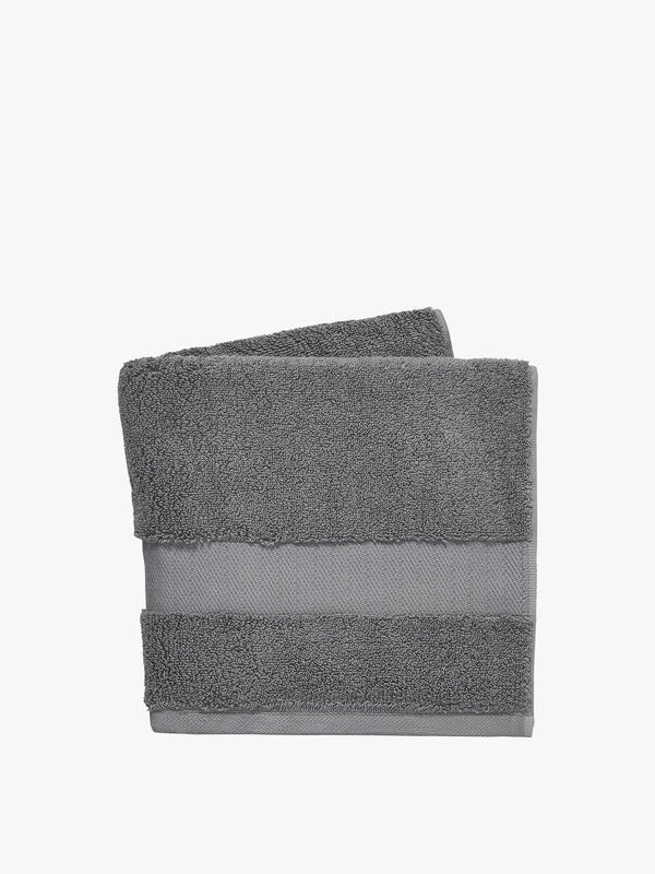 Lincoln Towel Bath
