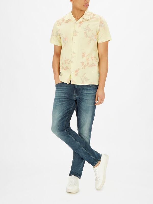 Shortsleeve Plant Print Shirt