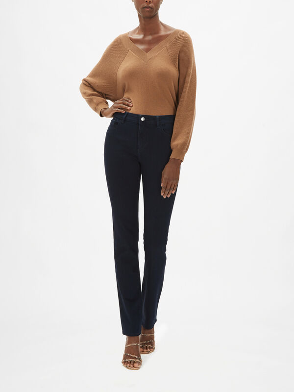 Coco Curvy Slim Straight Jeans