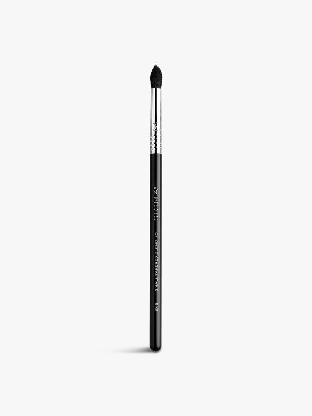 E45 Small Tapered Eyeshadow Blending Brush