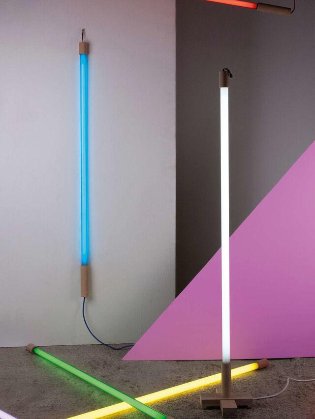 Linea Lamp