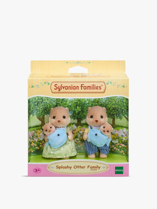 Splashy Otter Family
