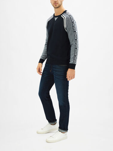 Taped-Knit-0001177112