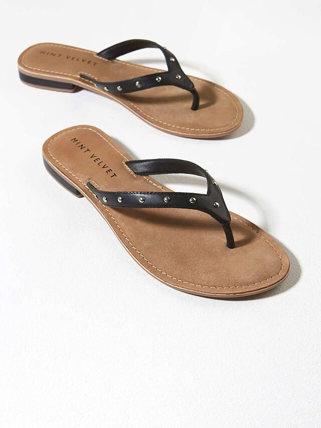 Ellen Black Leather Flip Flops