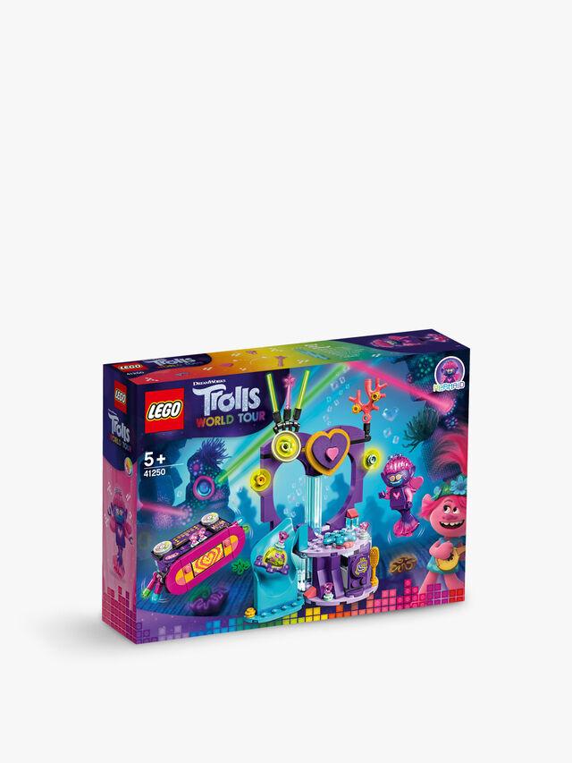 Trolls World Tour Techno Reef Dance Party