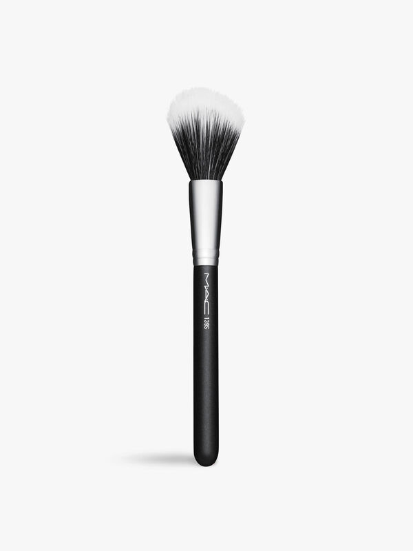 139 Duo Fibre Tapered Face Brush