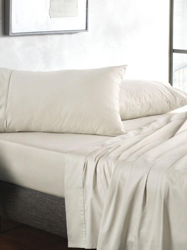500 TC Sateen Plain Dye Flat Sheet
