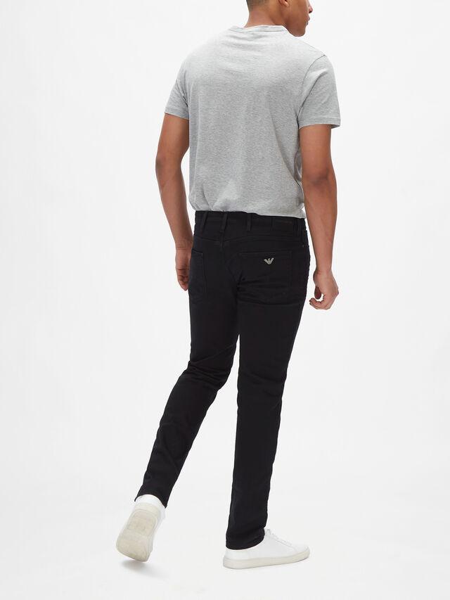 J06 Slim Fit Twill Jeans