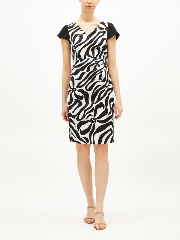 Fantasy Print Textured Sleeve Midi Dress