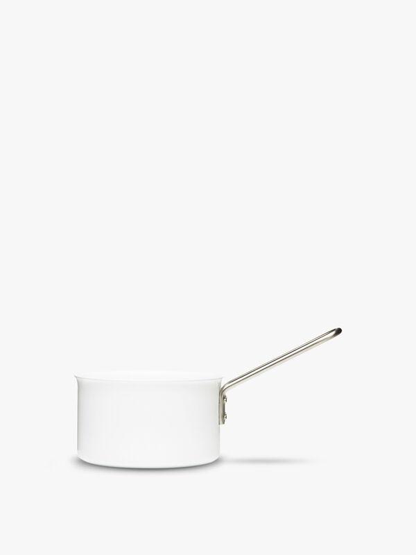White Line Saucepan 1.8l