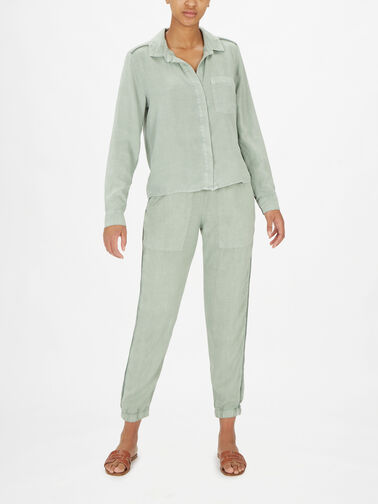 Trimmed-Pocket-Button-Shirt-B4652-654-303