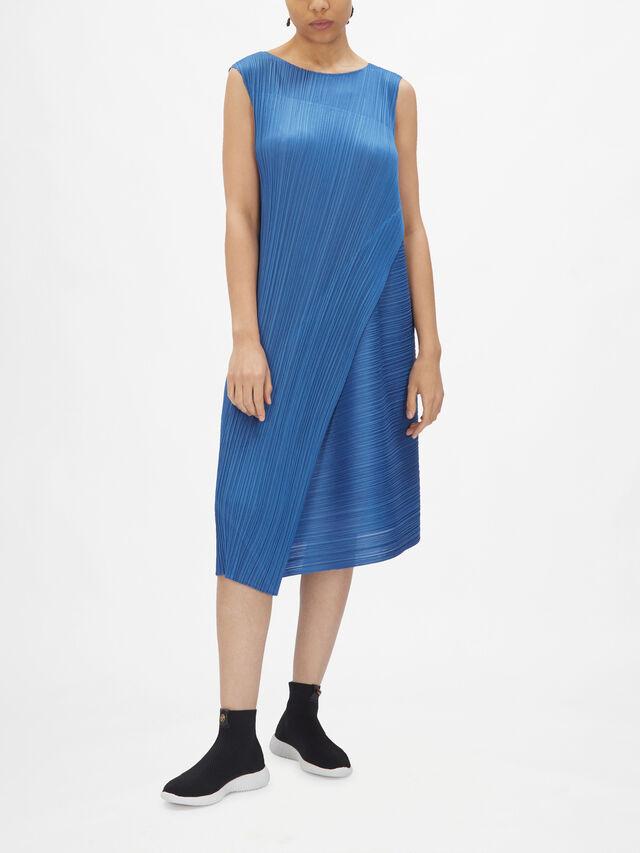 Diagnoal Pleats Dress