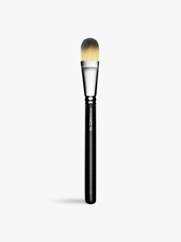 190 Foundation Brush