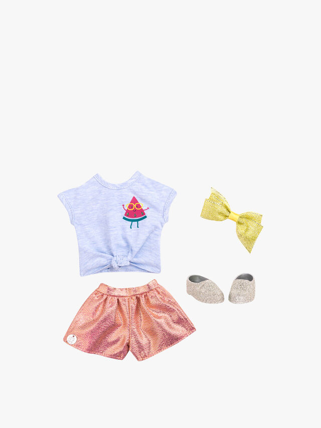 Upbeat And Jazzy Outfit