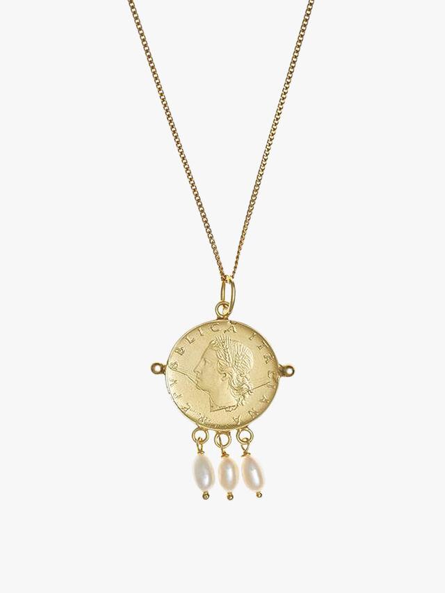 Roma Pendant Necklace