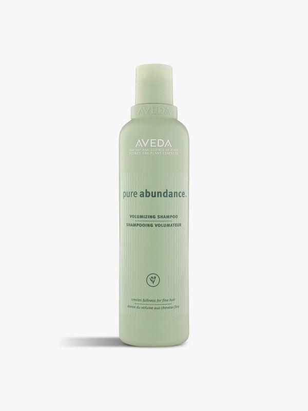 Pure Abundance Volumizing Shampoo 250 ml