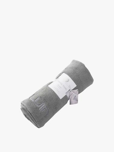Grande-Towel-Luin-Living