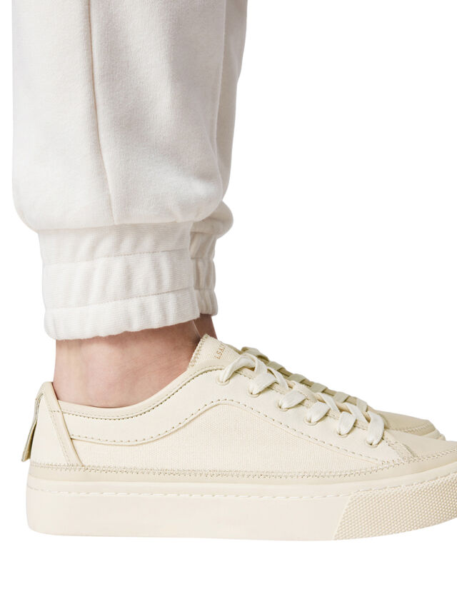 Milla Sneaker