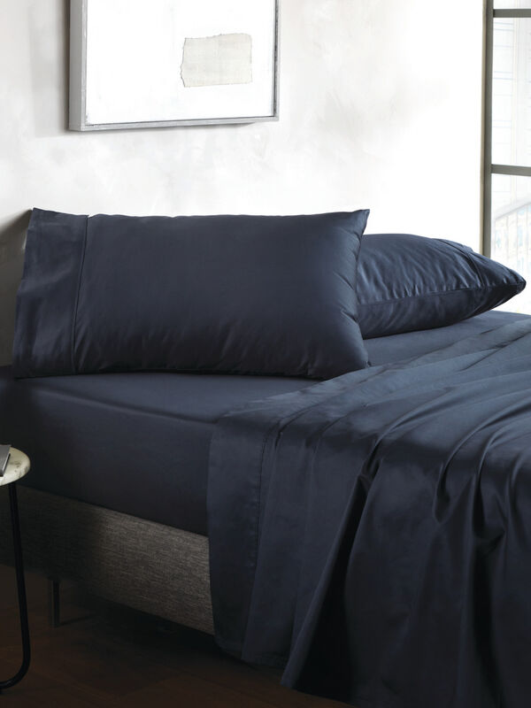 500 TC Sateen Plain Dye Fitted Sheet