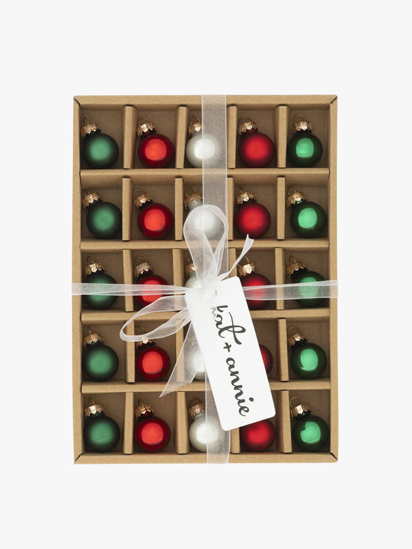 Box of 25 Christmas Round Baubles