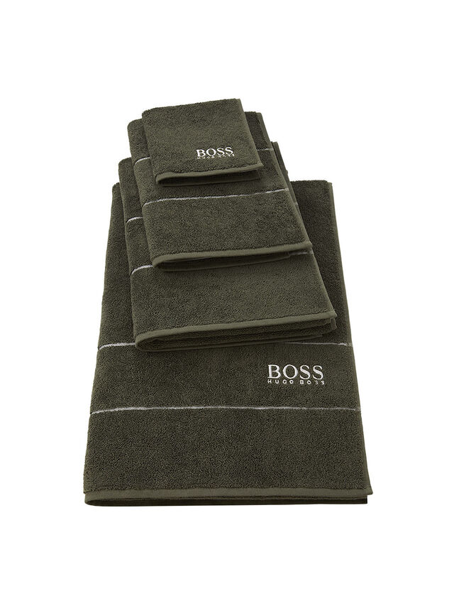 Boss Plain Bath Sheet