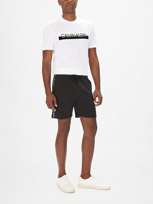 Side Logo Hwk Shorts