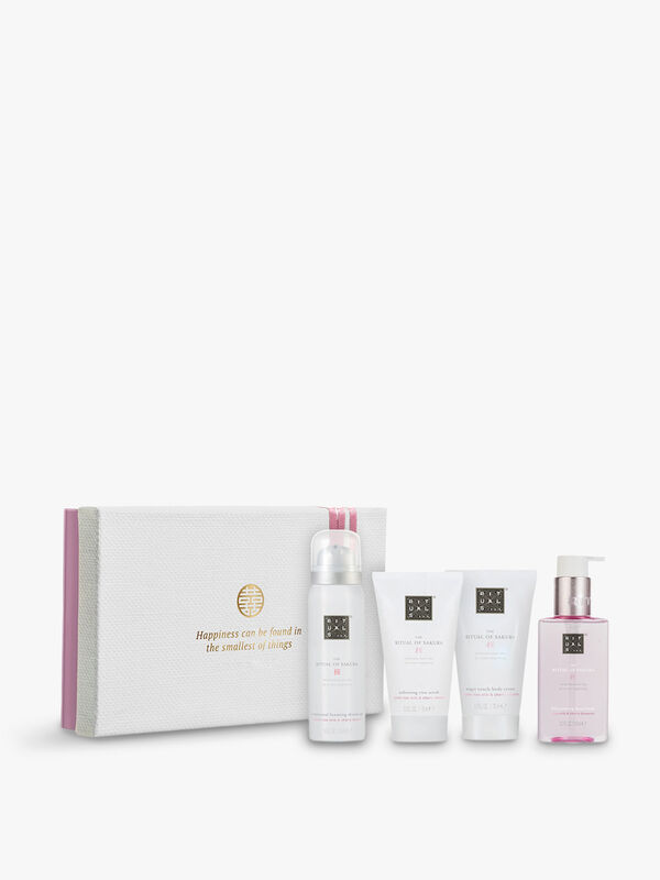 The Ritual of Sakura Renewing Treat Gift Set