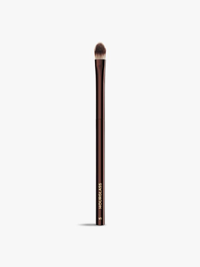 No. 5 – Concealer Brush