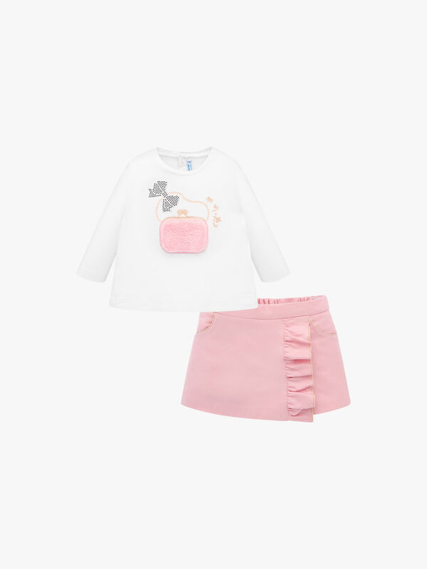 Decorative T-Shirt and Ruffled Shorts Set