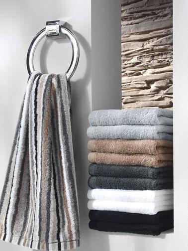 Lifestyle-Stripe-Hand-Towel-CAWO