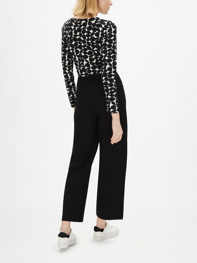 Pattisa Straight Leg Pull On Jersey Pant with Side Pockets