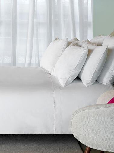 Carolina-Standard-Pillowcase-Amalia