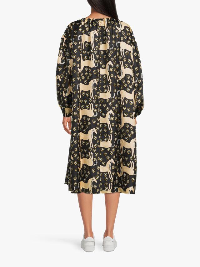 Yhdessä Musta Tamma Dress