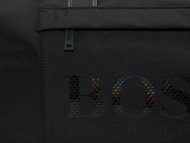 Magn Holdall Bag